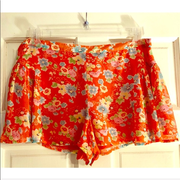 Free People Pants - Free People-Size 8 Coral & Floral Shorts🌸🌺🌼